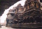 معبد هندي في كهوف إلورا 6 Ellora Caves
