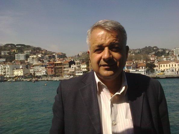 الدكتور أحمد السيد أحمد